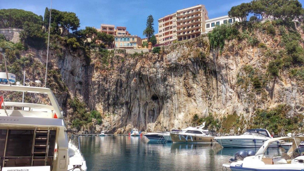 Na tym wzgórzu stoi pałac rodziny książęcej w Monako