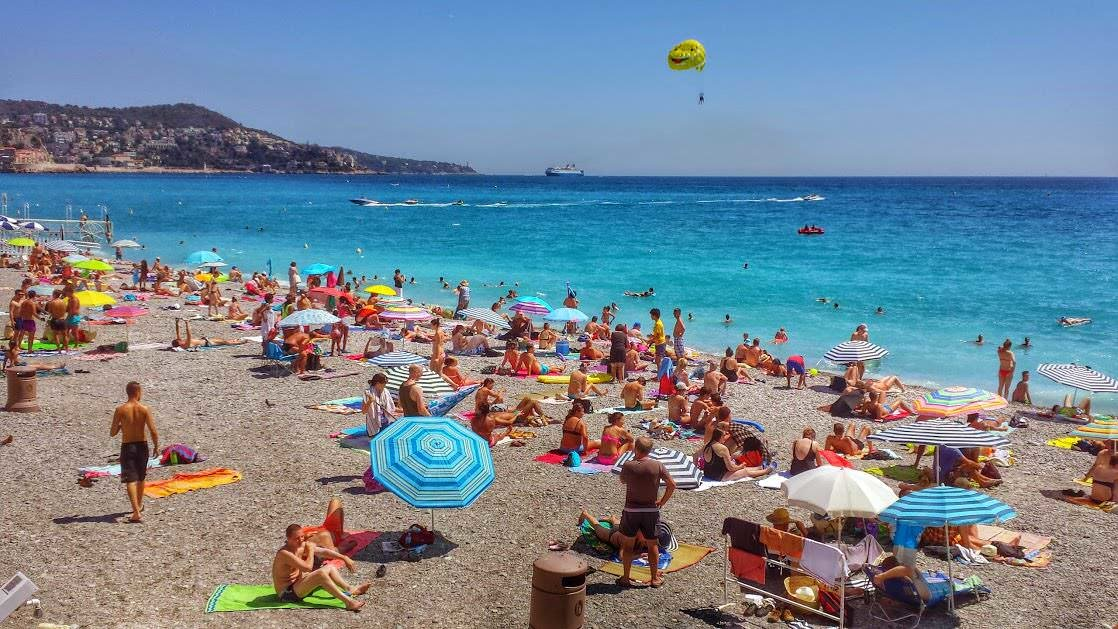 Nicea, widok na plażę i Zatokę Aniołów z Promenady Anglików