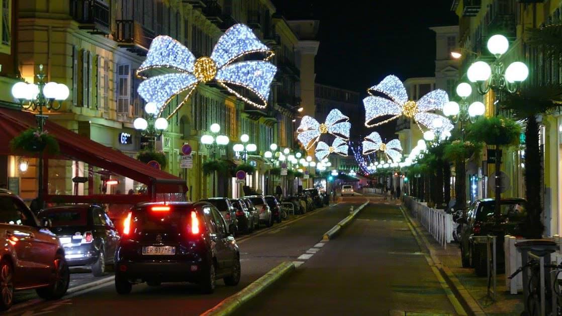Świąteczne dekoracje w Nicei