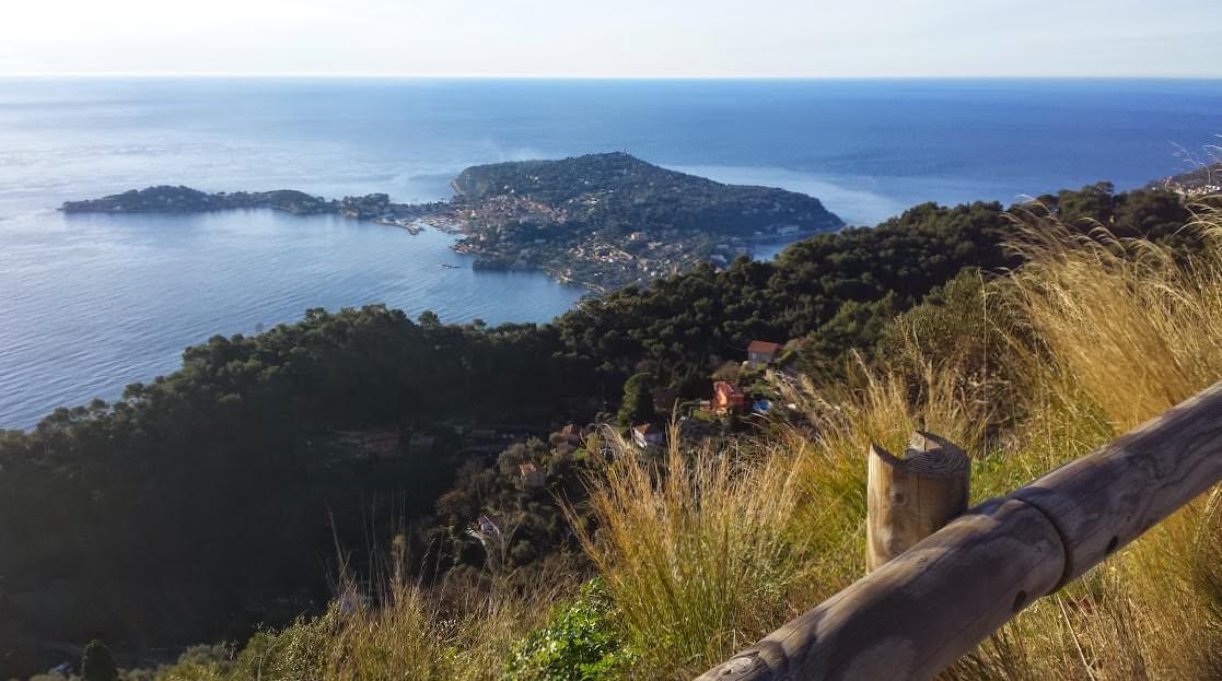 Widok na półwysep Cap-Ferrat z la Grande Corniche