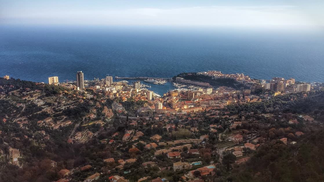 Panorama Monaco i Monte Carlo widoczna z La Turbie