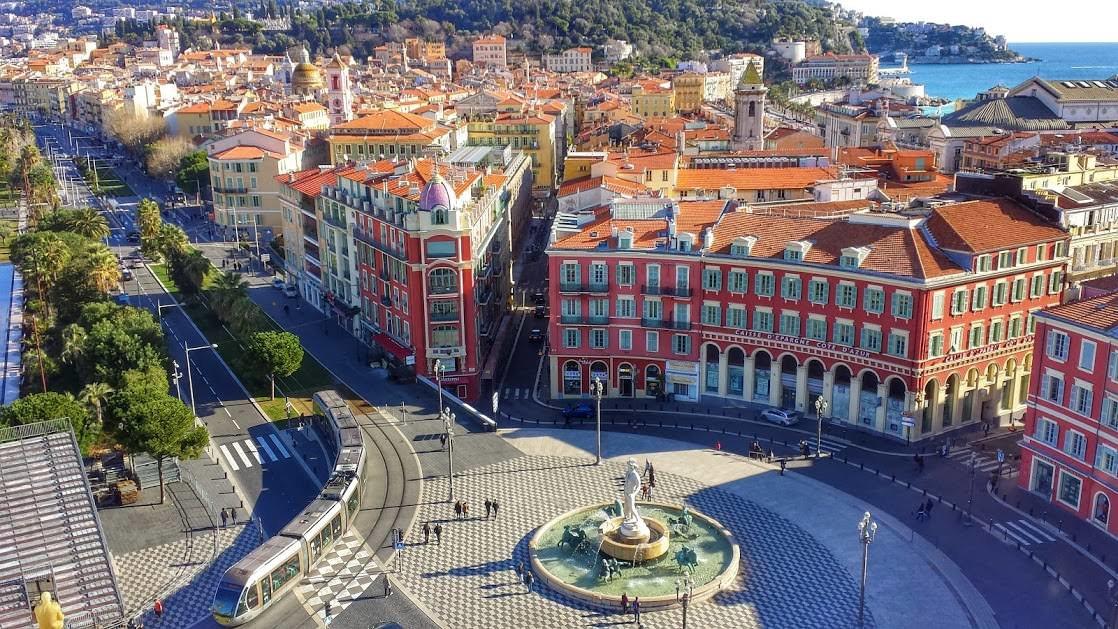 Stare Miasto w Nicei z fragmentem Placu Massena