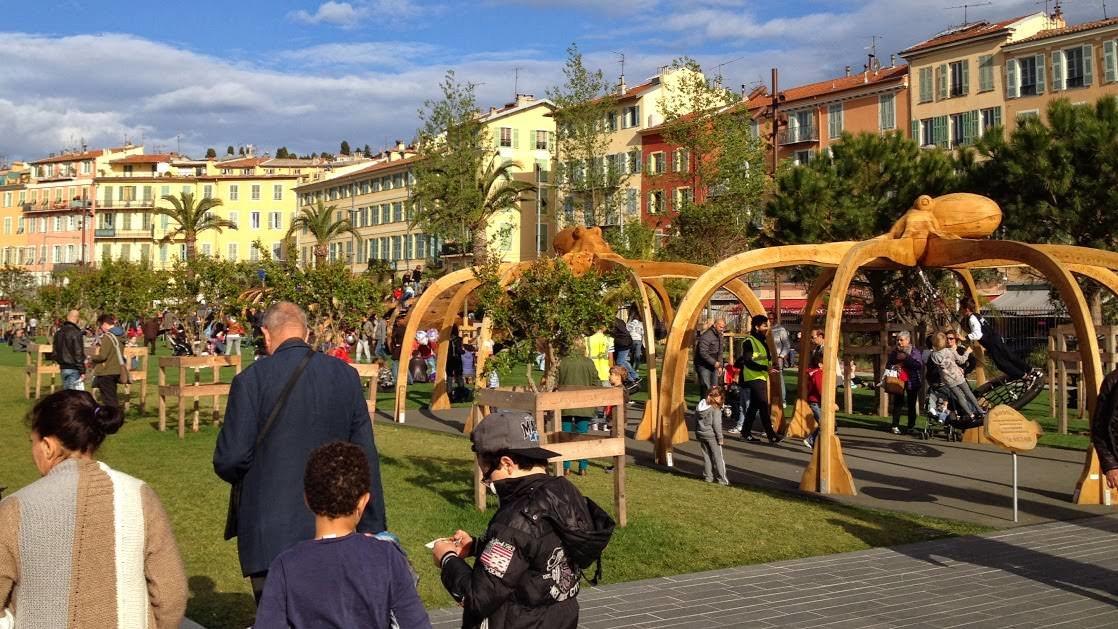 Plac zabaw na Promenadzie Paillon