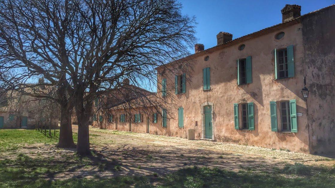 Zabudowania mieszkalne na terenie Fortu Royal