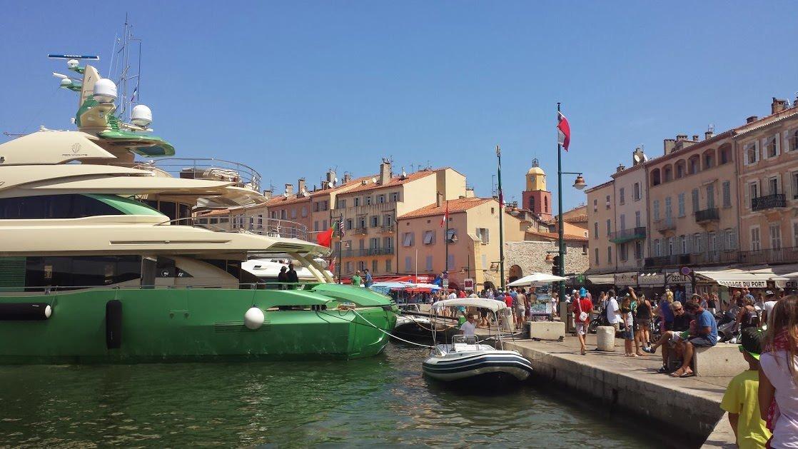 Fragment Starego Portu w Saint-Tropez