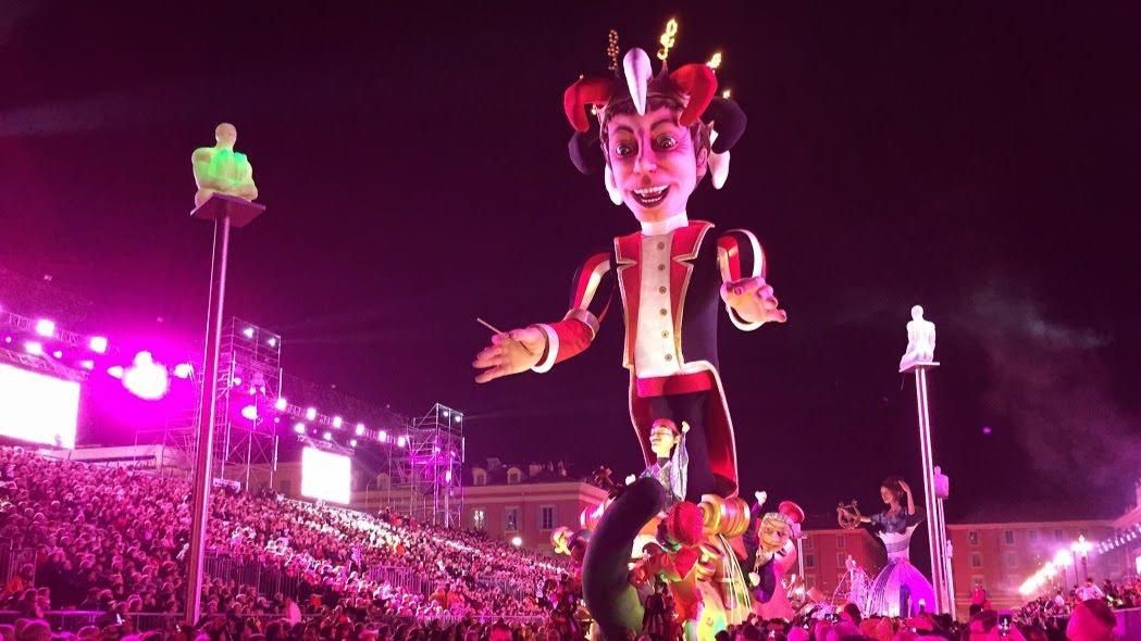 Król Karnawału otwiera Paradę Światła podczas Karnawału w Nicei