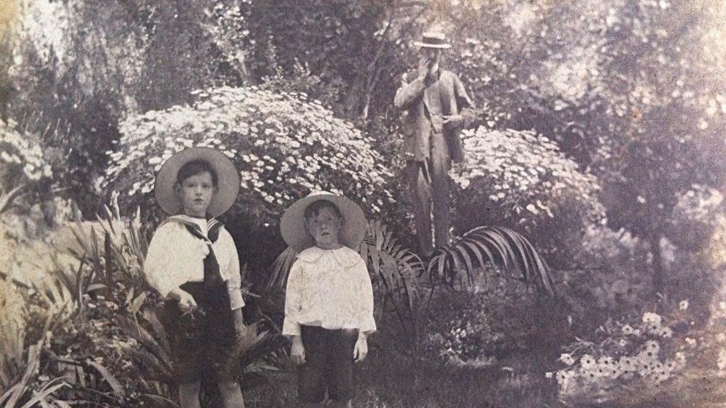 Dzieci w ogrodzie Lou Paradou (mat. wyd.)