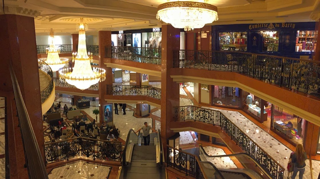 Ekskluzywne centrum handlowe Le Metropole w Monte Carlo