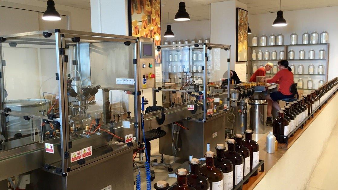 Produkcja perfum Fragonard w fabryce w Grasse