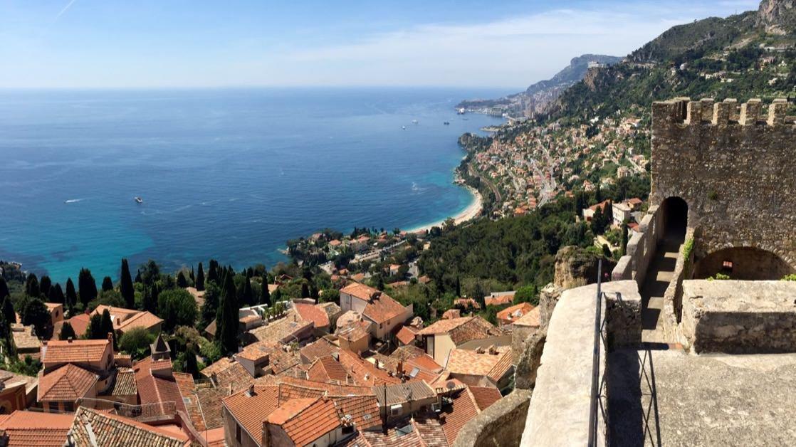 Roquebrune-Cap-Martin, widok z twierdzy w kierunku Monako