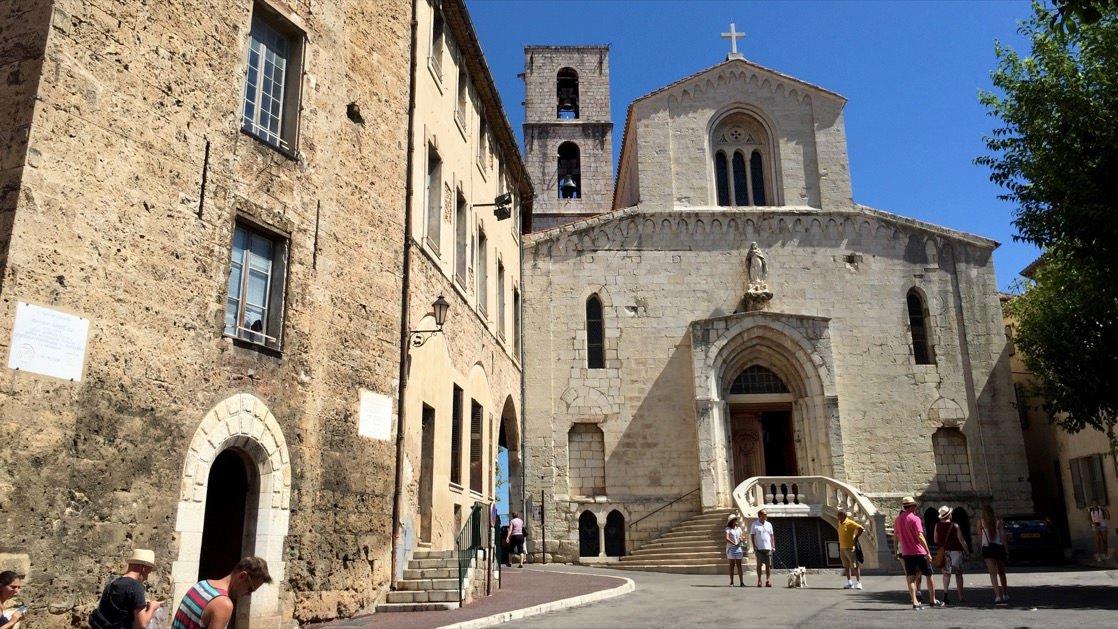Katedra Notre Dame du Puy w Grasse