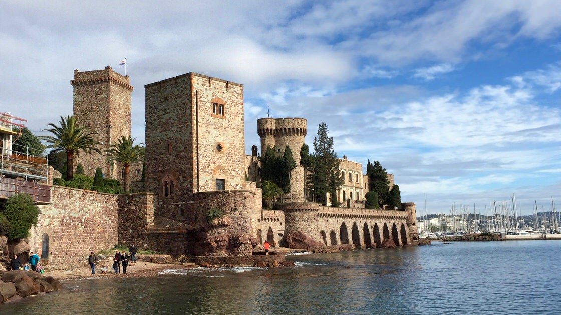 Zamek w Mandelieu-la-Napoule