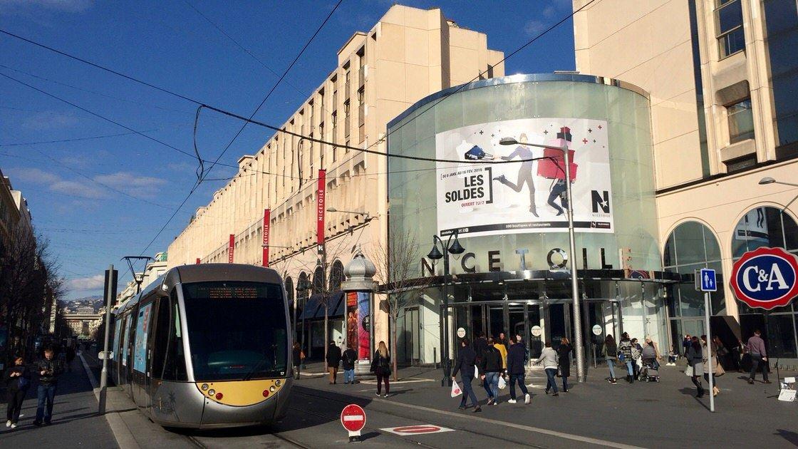 Centrum handlowe Nicetoile w Nicei