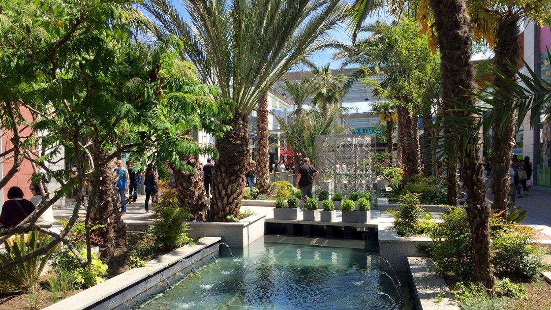 Polygone Riviera to zielone i luksusowe centrum handlowe na Lazurowym Wybrzeżu