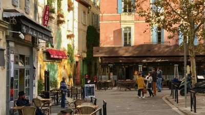 Arles, prowansalskie miasteczko