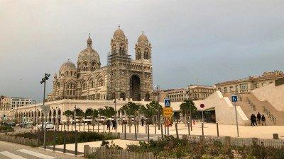 Katedra la Major (cathédrale Sainte-Marie-Majeure - katedra Matki Bożej Większej) w Marsylii