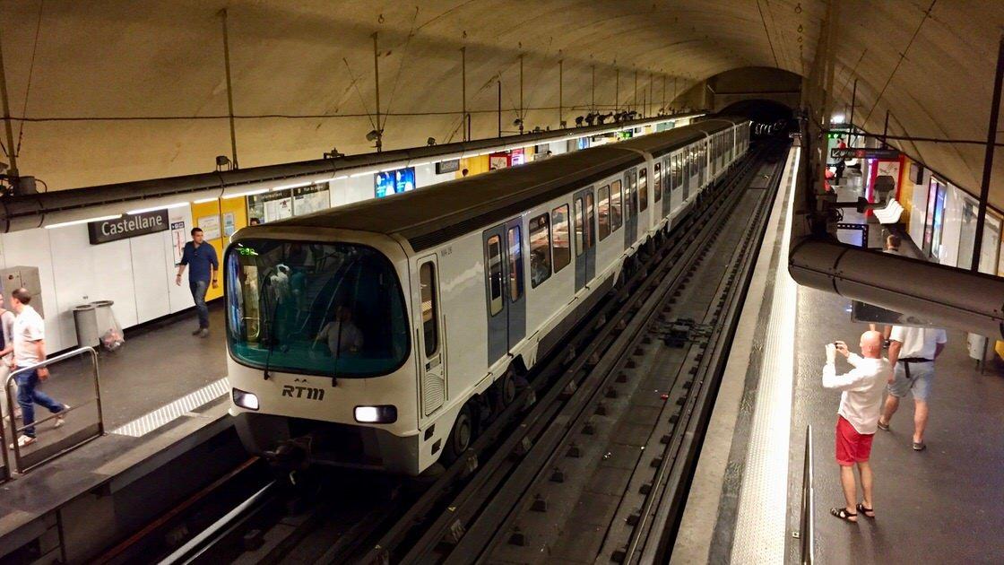 Metro w Marsylii, element rozległej sieci transportu publicznego w Marsylii.
