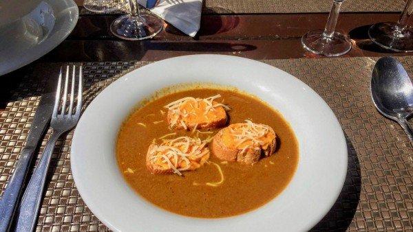 Gdzie jeść w Marsylii? W Starym Porcie, np. zupę rybną!