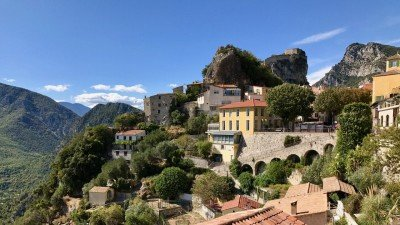 Gilette, miasteczko niedaleko Nicei, Lazurowe Wybrzeże