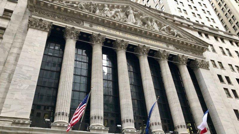 Budynek Nowojorskiej Giełdy Papierów Wartościowych przy Wall Street, Nowy Jork