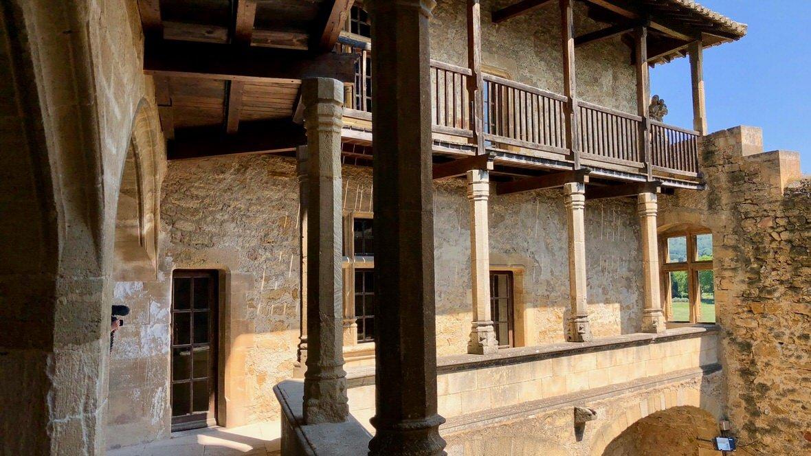 Zamek w Lourmarin, Prowansja