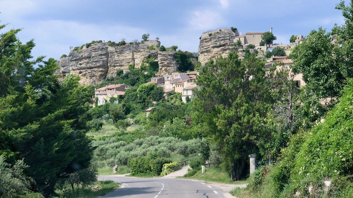 Saignon, miasteczko w Prowansji