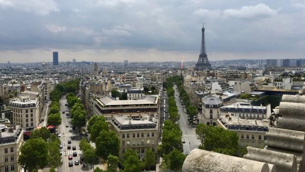 Punkt widokowy w Paryżu z Łuku Triumfalnego