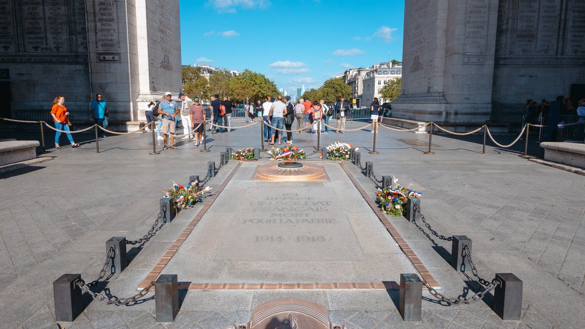 Łuk Triumfalny w Paryżu