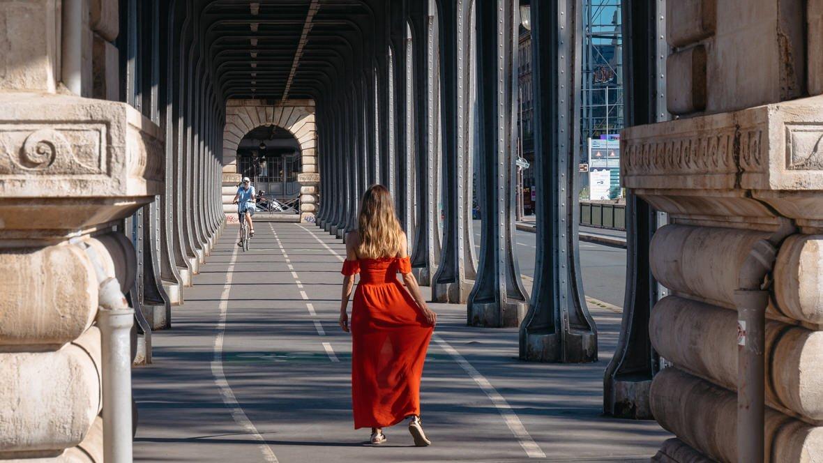 Most Bir-Hakeim, Paryż