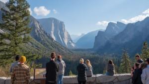 Widok z Tunnel View na Park Narodowy Yosemite, Kalifornia