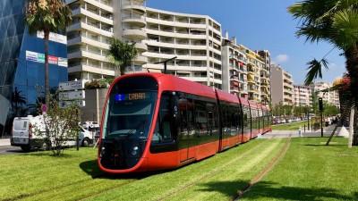 Transport publiczny w Nicei to autobusy i tramwaje miejskie.