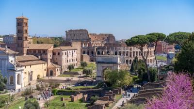 Koloseum, widok ze wzgórza Palatyn, Rzym