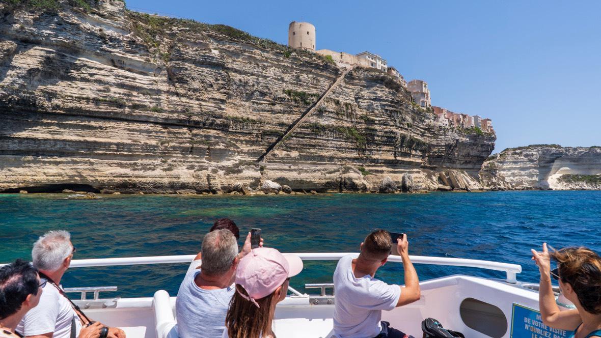Schody Króla Aragonii w Bonifacio widziane z wody