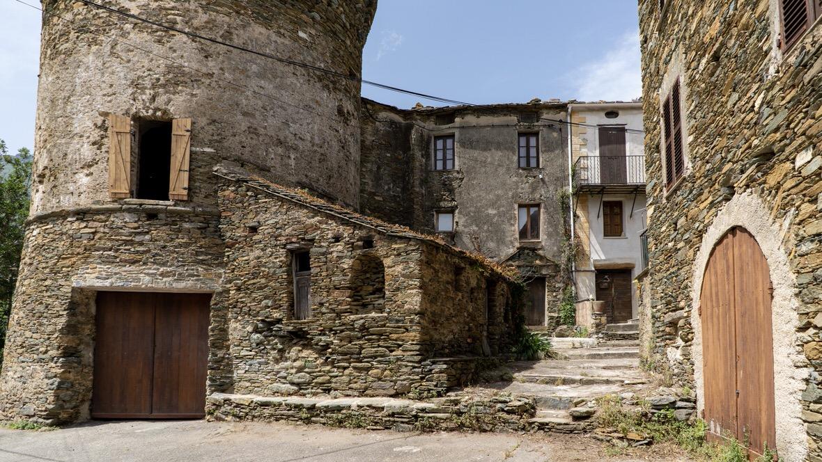 Stare miasteczko na Cap Corse