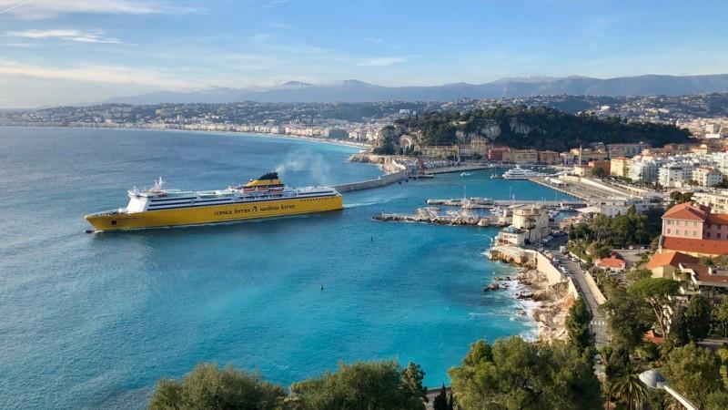 Prom na Korsykę Corsica Ferries z Nicei do Bastii
